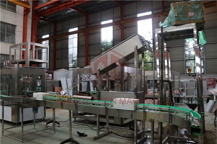 Vacuum Type Beverage Can Filling Machine Microbrewery Bottling Equipment